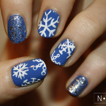 Snowflakes nail art by NerdyFleurty