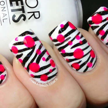 Pop Zebra nail art by Nail Polish Wars