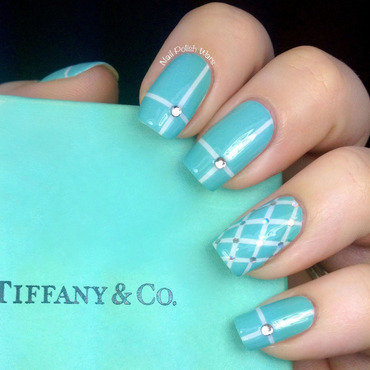 Tiffany & Co. Inspired nail art by Nail Polish Wars