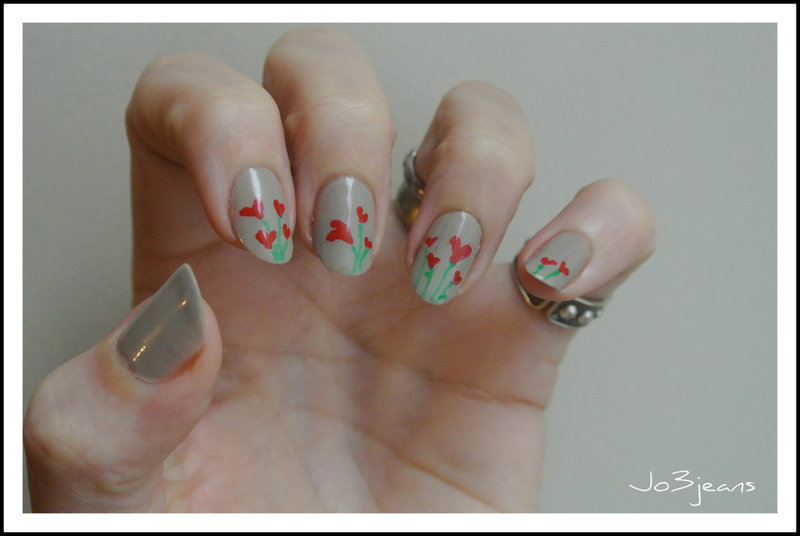 bouquet of flowers in the heart valentine  nail art by Jo3jeans