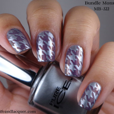 Silver Houndstooth nail art by Cynthia