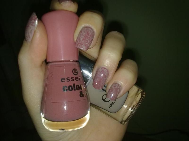 Saran Wrap Manicure nail art by Lara