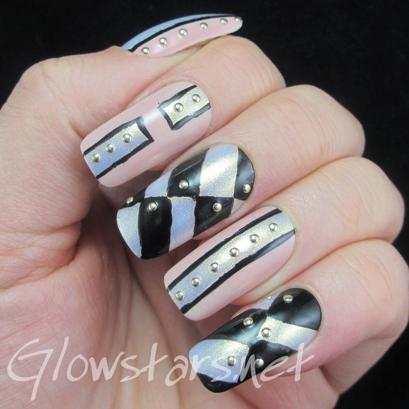 Follow me now to a place you only dream of nail art by Vic 'Glowstars' Pires