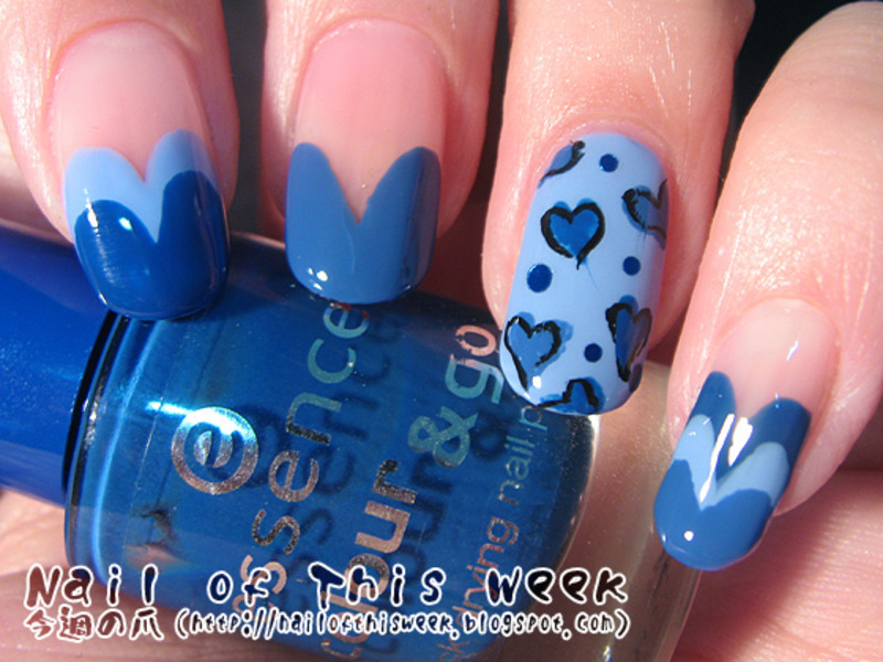 Blue Sketch Hearts nail art by Chiro