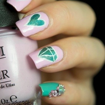 Pretty Pastel Valentine nail art by  Petra  - Blingfinger