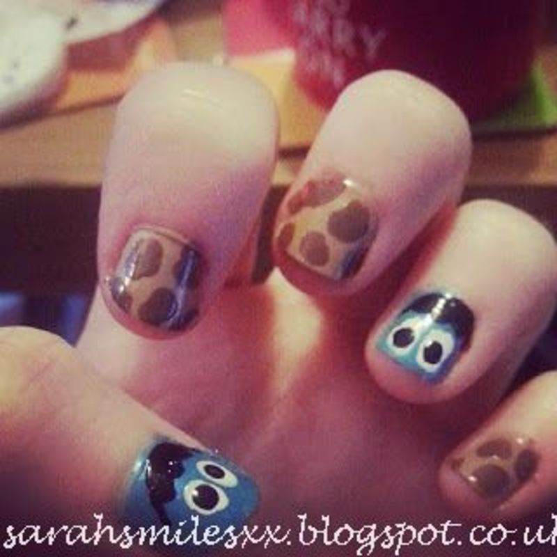 You have cookie, so share them maybe! nail art by Sarah Clarke