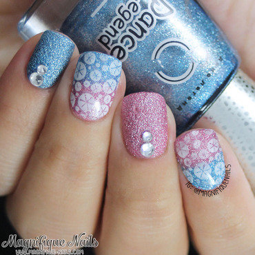 Sparkle nail art by Ana