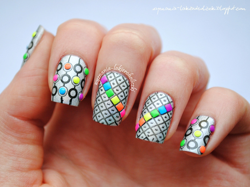 Geometry with studs nail art by Olaa