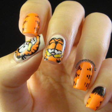 Orange Nails - Garfield nail art by Novi