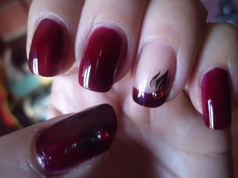 Manicura Cereza nail art by Anyol