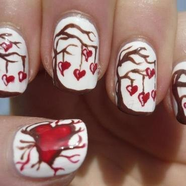 Love Tree Nail Art nail art by Julia