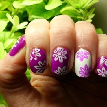 Flowers nail art by Angelique Adams