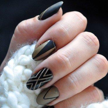 Black Gold nail art by Tiffany Blue