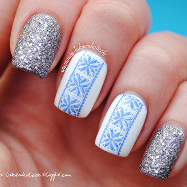 Winter sweater mani thumb370f