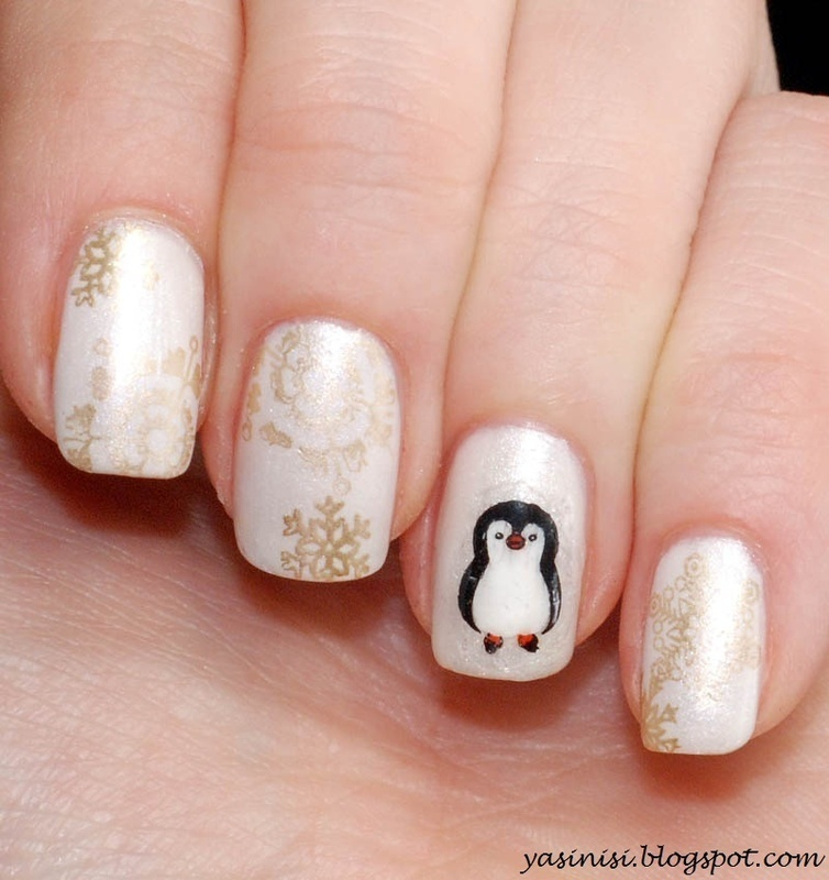 Little pinguin nail art by Yasinisi