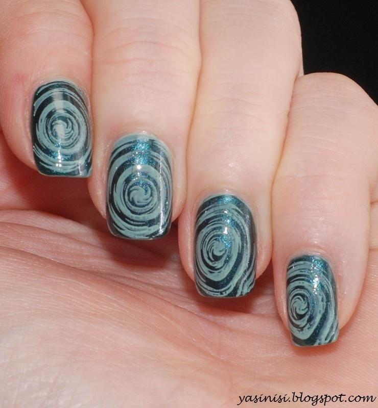 OPI nail art by Yasinisi
