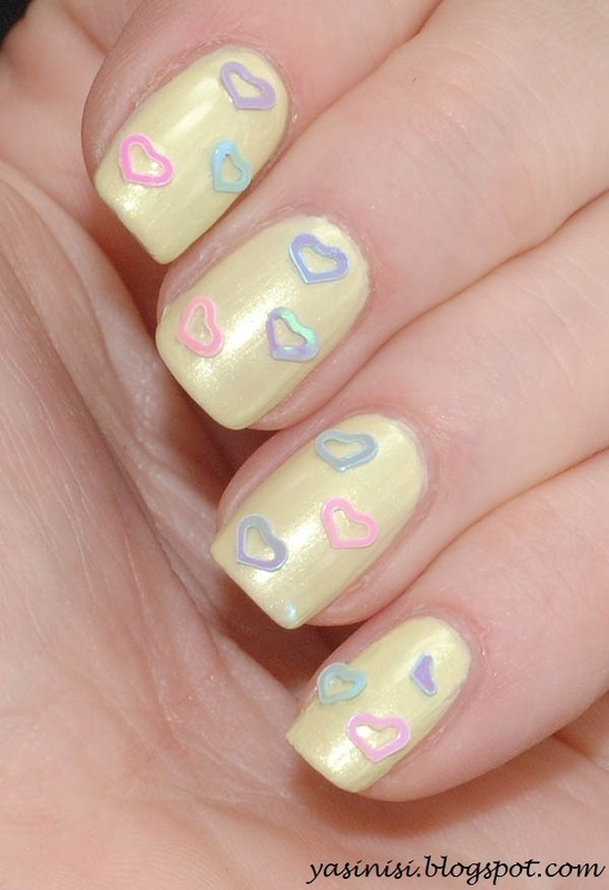 Hearts nail art by Yasinisi