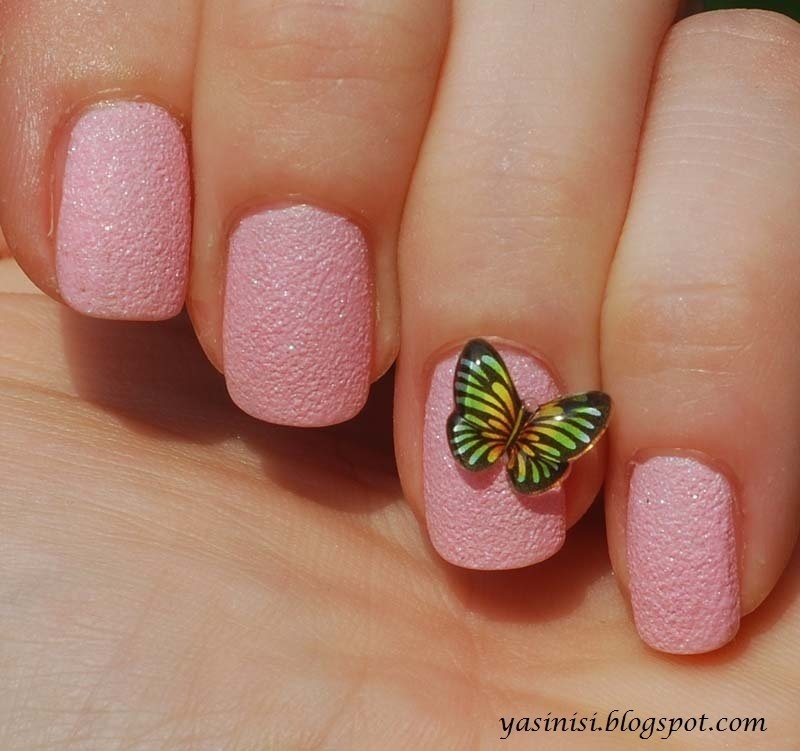 Butterfly nail art by Yasinisi