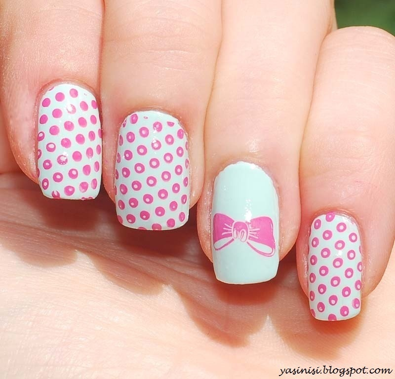 bow nail art by Yasinisi