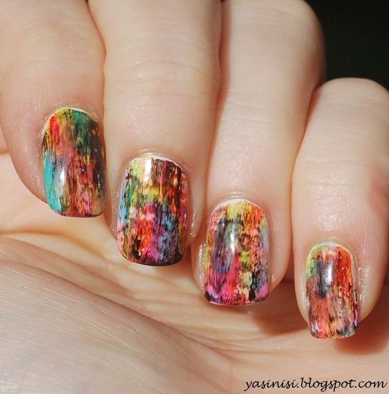 abstract nail art by Yasinisi