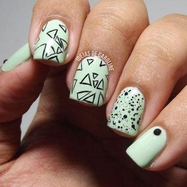 Mint Green & Black nail art by Caroline Lopes