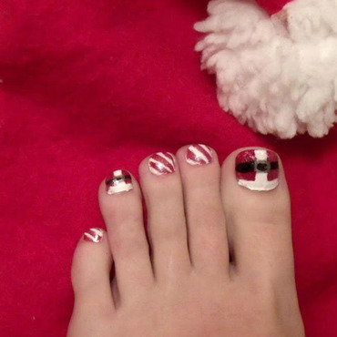 Santa Suit + Candy Canes nail art by Toria Mason