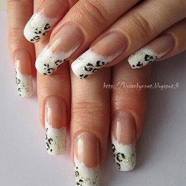 Snow leopard thumb370f