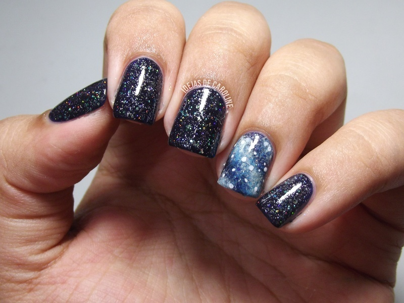 I'm Up in Space nail art by Caroline Lopes