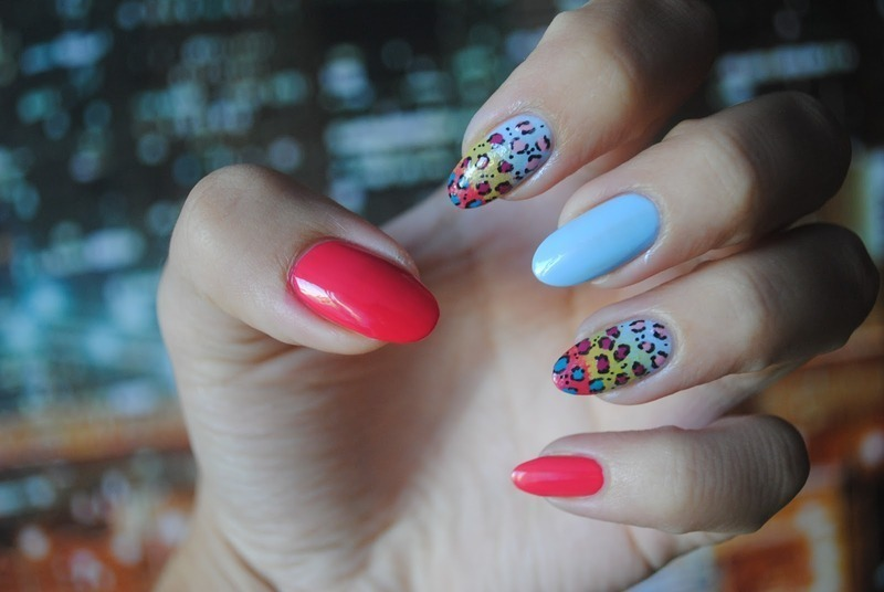 colour leopard-print nail art by World Glossy