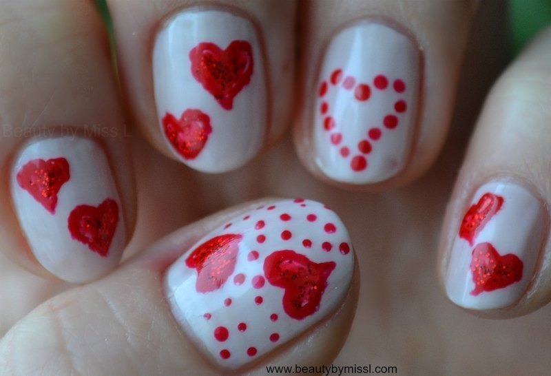 Valentine´s Day hearts nail art by MissL