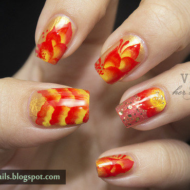 Chinese New Year Nail Art nail art by Victoria Oen