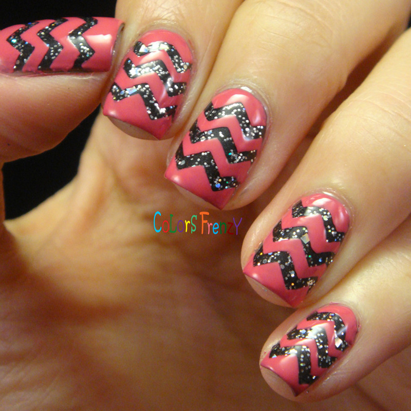 Glittered Chevron nail art by Novi