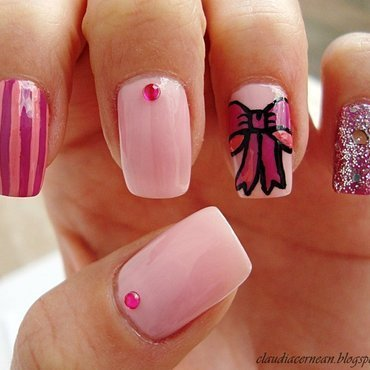 Bow Nails nail art by Claudia