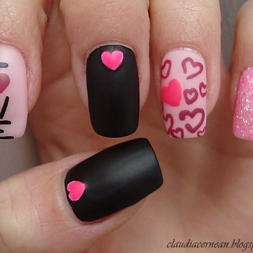 Hearts Nails nail art by Claudia