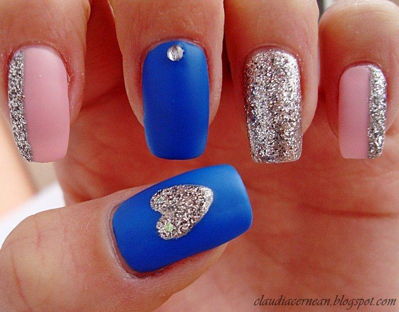 Silver Heart Nails nail art by Claudia