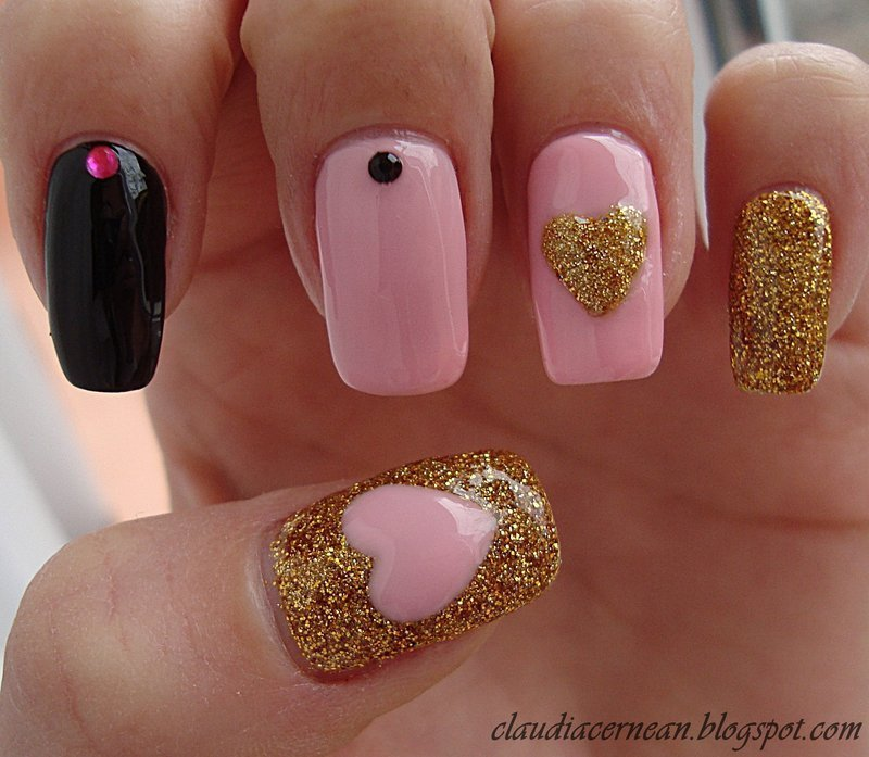 Pink and Gold Nails nail art by Claudia