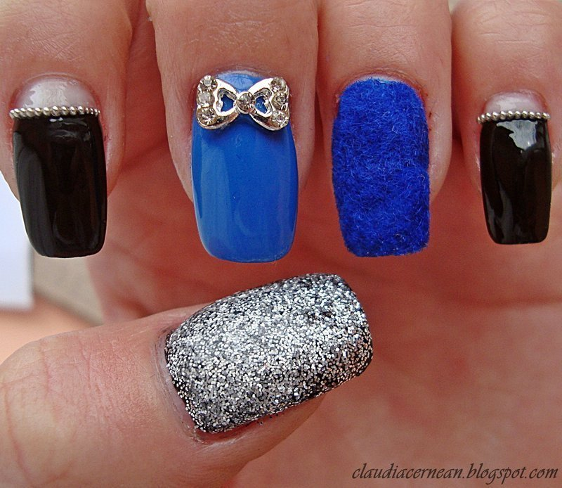Velvet Nails nail art by Claudia