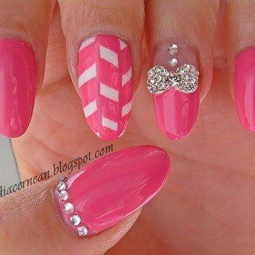 Mettalic Bow Nails nail art by Claudia