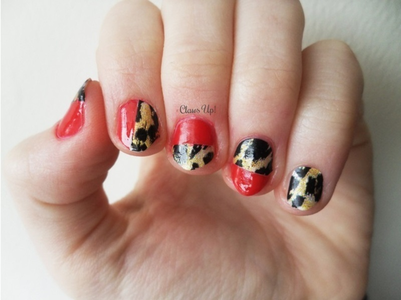 Roaring Rocking Red nail art by Jacquie