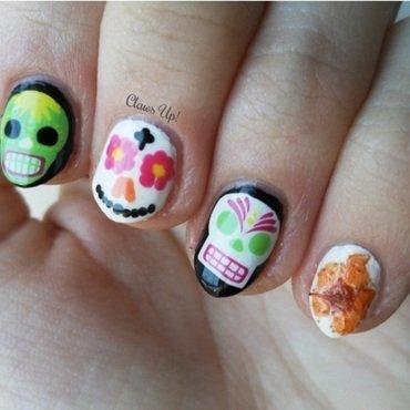 Dia De Los Muertos nail art by Jacquie