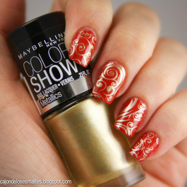 Stamping gold - MoYou London plate nail art by Cajon de los esmaltes
