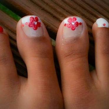 Spoil your love with flowers and diamonds nail art by Nikita Natali