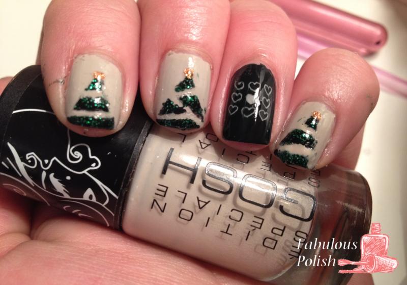 Christmas tree nail art by Arletta van der Sleet