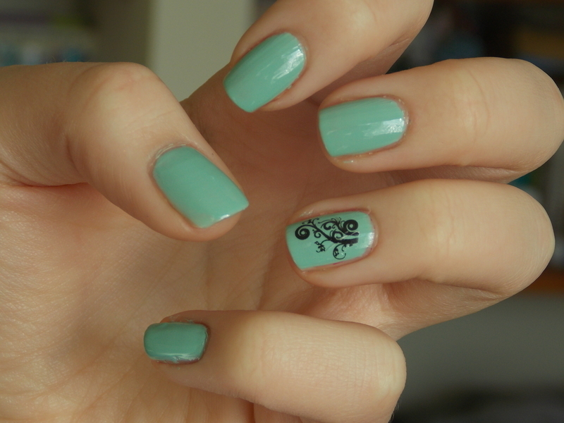 Mint elegance nail art by Paulina