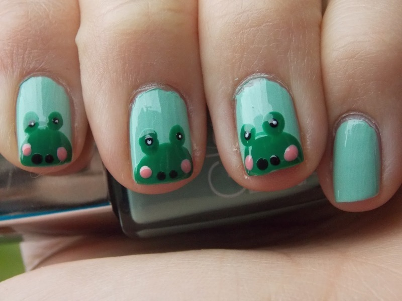 Cute frogs nail art by Paulina