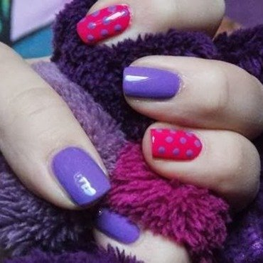 Violet with pink nail art by Paulina
