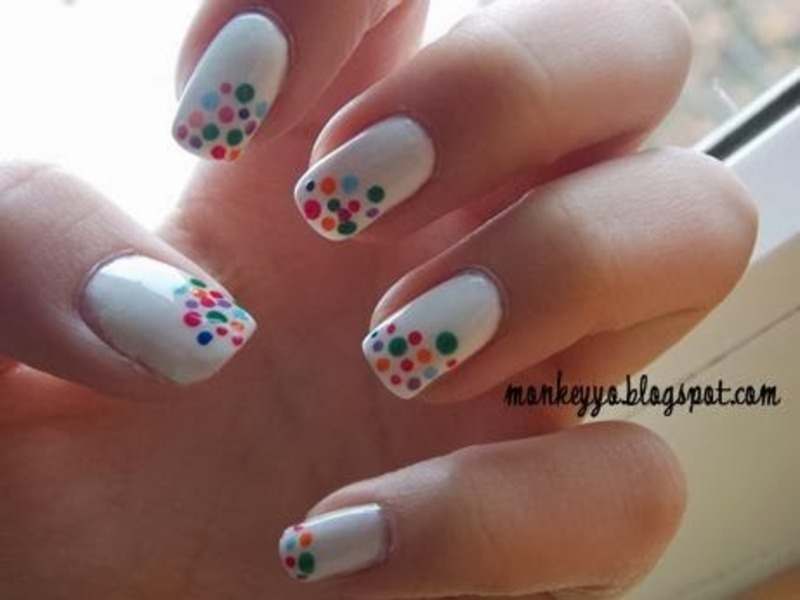 Colorful dots nail art by Paulina