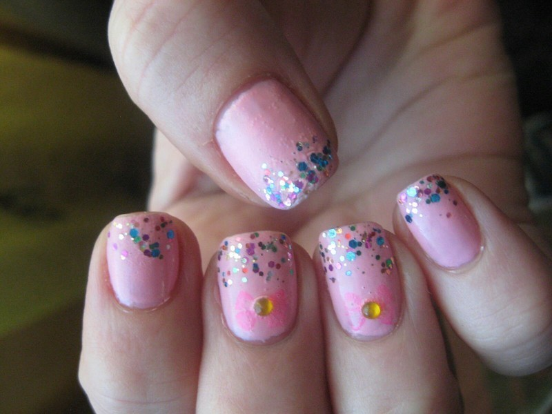 pink ribbons nail art by Frumusetelapretmic