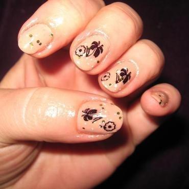 Nude cu flori negre thumb370f