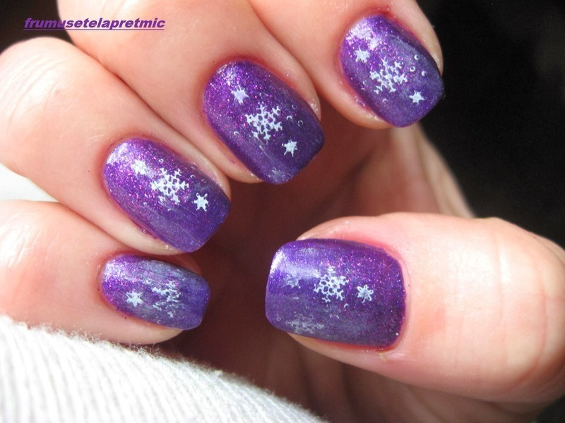 purple nail art by Frumusetelapretmic
